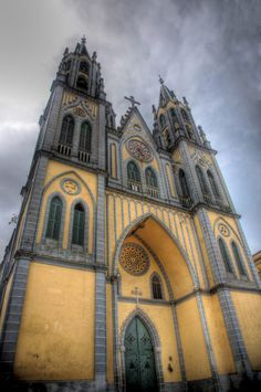 """landscapelifescape: """" Spanish Cathedral, Malabo, Bioko Norte, Equatorial Guinea (by Cycle the Ghost Round) """" Church Architecture, Beautiful Architecture, Beautiful Buildings, Architecture Details, Colonial Architecture, Cathedral Basilica, Cathedral Church, Old Churches, Chapelle"""