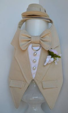 Tuxedo Linen Boy Dog Harness DETAILS - Trendy boy dog harness made in tan linen fabric (Tux and bow tie can be made in other colors and other fabrics upon request) - Adorable tan bow tie - D-ring for easy leash hook-up - Removable boutonierre (can be customized to your colors or theme)! -