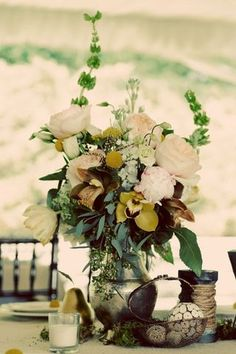A dramatic centerpiece that can be modified to suit any size table.