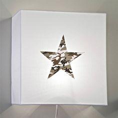 Applique en coton blanc et étoile camouflage - Voilà ma maison