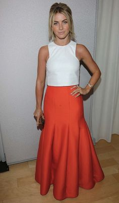 Julianne Hough, not a usual suspect on my list, however, i love the orange Halston skirt.