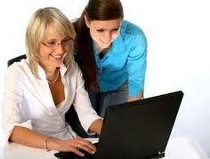 Una de cada 3 mujeres compra online desde el trabajo