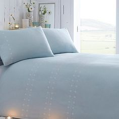 From our exclusive RJR.John Rocha range, this bedding set will make a pretty addition to any home. In blue, with a delicate daisy chain design, it has been made with super-soft pure cotton for added comfort.
