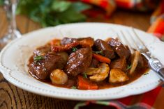 French Boeuf en Daube with mushroom and orange. This is a beef bourguignon .Cognac is a type of brandy. You can use other brandy besides cognac. You could also substitute red wine (one you'd want to drink or beef broth. Crock Pot Recipes, Pot Roast Recipes, Slow Cooker Recipes, Beef Recipes, Healthy Recipes, Cooking Recipes, Pureed Recipes, Crock Pot English Roast Recipe, Dinner Recipes