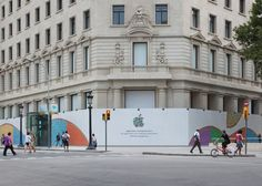 Passeig de Grácia Apple Store barcelona