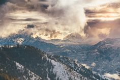 Bring The Powder - End of a powdery day in Utah with some nice light coming…