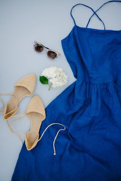 Spring Dresses - @GAP Blue Linen Dress