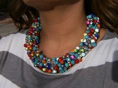 DIY anthropologie necklace knockoff.  This is SWEET!  Too bad I don't have enough time or patience to actually make it!