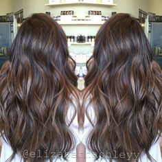 Spring time natural brown balayage painted hair long hair with highlights. Brown Black Hair Color, Brown Hair Colors, Pelo Cafe, Long Hair Highlights, Dark Brown Hair With Highlights Balayage, Brown Hair With Lowlights, Red Balayage, Caramel Balayage, Light Brown Hair