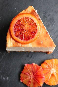 Baked Blood Orange Cheesecake For Decker Ginger Nut Biscuits, Delicious Desserts, Dessert Recipes, Orange Sanguine, Baked Cheesecake Recipe, Orange Recipes, Orange Slices, Blood Orange, Sangria