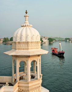 Overlooking Lake Pichola in Udaipur, India.