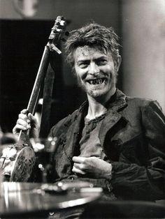 """David Bowie in Bertolt Brecht's """"Baal"""" (1982)."""