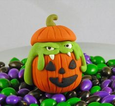 Fimo monster - links to a page with a lot of other Fimo monsters