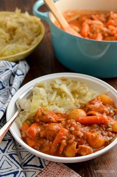 Mmmmmmm Syn Free Chicken and Baked Bean Casserole! - a recipe that will have the entire family clearing their bowls. Slimming World Dinners, Slimming World Chicken Recipes, Slimming World Recipes Syn Free, Slimming World Diet, Slimming Eats, Quorn Recipes, Bean Recipes, Slow Cooker Recipes, Cooking Recipes