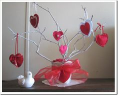 Google Image Result for http://www.artdomi.com/wp-content/uploads/creative-ideas-diy-valentines-day-trees-9.jpg
