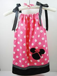 Minnie Mouse Pillowcase Dress If I could just get my sewing machine to work! My Little Girl, Little Girl Dresses, My Baby Girl, Girls Dresses, Infant Dresses, Lil Baby, Minnie Birthday, 3rd Birthday, Birthday Ideas