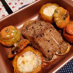 Tofu cansado de natal Bread, Food, Tofu Recipes, Orange Slices, Best Side Dishes, Suppers, Kabobs, Weather, Xmas
