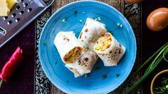 Nestíháte si ráno připravit snídani? Nyní to můžete změnit! Vyzkoušejte rychlé tortilly plněné vláčnými míchanými vajíčky. Takhle snídaně vás bude bavit. V jednoduchosti je krása! A také chuť!