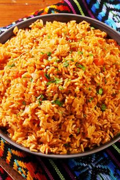 Insanely Easy Ways to Use Rice, From Paella to Risotto - Yummy stuff for your tummy Rice Side Dishes, Side Dishes Easy, Side Dish Recipes, Healthy Rice Recipes, Brown Rice Recipes, Instant Brown Rice Recipe, Diet Recipes, Cooking Recipes, Mexican Food Dishes