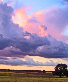 Texas sunset, yes! Landscape Art, Landscape Paintings, Landscape Photography, Nature Photography, Pretty Sky, Beautiful Sky, Beautiful Landscapes, Hd Sky, Texas Sunset