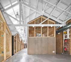 Design Lab, Pop Design, Architecture Details, Interior Architecture, Halle, Bed And Breakfast, Fab Lab, Wood Truss, Small Workspace