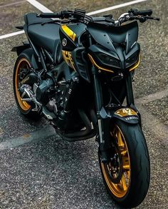 Grom Motorcycle, Tracker Motorcycle, Moto Bike, Motorcycle Design, Mt 09 Yamaha, Yamaha Cafe Racer, Yamaha Motorcycles, Fz Bike, Tmax Yamaha