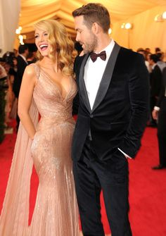 Blake Lively and Ryan Reynolds at the Met Gala 2014 Blake Lively Ryan Reynolds, Blake And Ryan, Ryan Reynolds Hair, Ryan Reynolds Style, Blonde Makeup, Blake Lively Pregnant, Blake Lively Style, Blake Lively Hair, Blake Lively Makeup