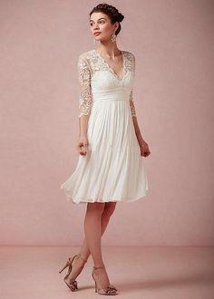 V-Neck Lace Wedding Dress Knee Length Elegant Bridal Gown Formal A-Line Simple