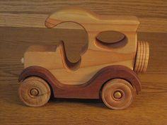 """Wood Car c1 (3""""W x 5""""H x 7""""L)"""