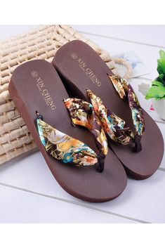 6c1d60687a2aa2  10 Put On Slippers And Carpet Whole World Women s Flip-Flop- Gynate   slippers