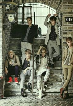 Discovered by Killer Doll. Find images and videos about kpop, exo and xiumin on We Heart It - the app to get lost in what you love. Tao Exo, Chanyeol Baekhyun, Exo K, Park Chanyeol, Exo Showtime, Exo Group, Kim Minseok, Xiuchen, Exo Ot12