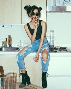 VISIT FOR MORE Ripped denim with boots are perfect for edgy outfits! Fashion Inspiration The post Ripped denim with boots are perfect for edgy outfits! Fashion Inspiration appeared first on Outfits. Mode Outfits, Casual Outfits, Fashion Outfits, Style Fashion, Jeans Outfits, Outfits With Boots, 90s Fashion, Denim Fashion, Girl Fashion