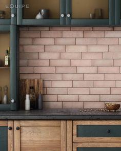 Carrelage mural faience Magma mat et couleurs) Pink Kitchen Walls, Coral Kitchen, Kitchen Colors, Kitchen Backsplash, Kitchen Design, Pink Kitchen Cabinets, Black Interior Doors, Bleu Pastel, Pink Tiles