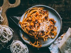 AITO ITALIALAINEN RAGU ALLA BOLOGNESE – Liemessä Koti, Pasta, Bolognese, Survival Kit, Spaghetti, Ethnic Recipes, Kitchen, Cooking, Kitchens