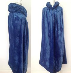 1920s opera cape cloak silk velvet ruched collar Marshall &