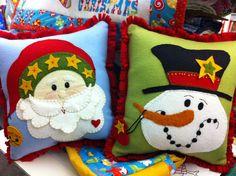 felt christmas pillows