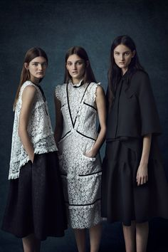 Take a look to Erdem Pre-Fall 2016-17collection: the fashion accessories and outfits seen on Londra runaways.