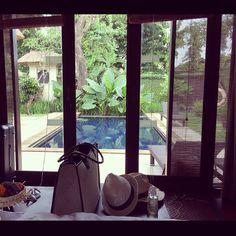 Ready for a beach day  venue : the gangsa private villa, Sanur Bali  Picture courtesy of Instagram user @miyukichou