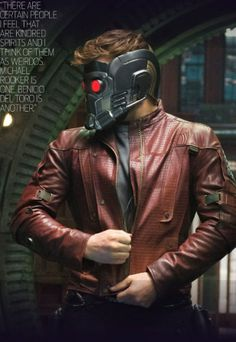 Chris Pratt dons Star-Lord's famous mask in new Guardians of the Galaxy pics | Blastr