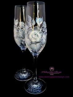 crystal hand painted champagne flute | ... Products > White Vintage Rose Hand Painted Champagne Flutes - 2 Flutes