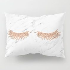 ABOUT THE ART Glam rose gold lashes, on a cool white marble. This season's hottest trends in this super chic piece. DESCRIPTION Our Pillow Shams merge creativity with premium fabrics, bringing unique style to your bedroom. Each design is printed on soft, Rose Gold Room Decor, Rose Gold Rooms, Gold Bedroom Decor, Room Ideas Bedroom, Bedroom Furniture, Marble Bedroom, Rose Gold Aesthetic, Rose Gold Marble, White Marble