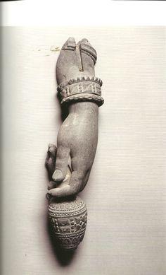 Hand of the Bodhisattva Maitreya, - CE Gandhara Gray schist 3 x 15 x 3 Buddha Sculpture, Sculpture Art, Buddha India, Asian Sculptures, India Art, Buddhist Art, Religious Art, Ancient Art, Art Drawings