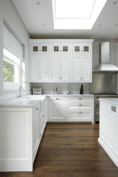 New kitchen design american style Ideas New Kitchen Designs, Modern Kitchen Design, American Kitchen Design, Kitchen Ideas, Home Design, Design Ideas, Mexican Style Kitchens, Kitchen Cabinetry, Kitchen Counters