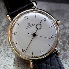 womw:  A good morning with this beautiful 1940′s Bull Horn Lug Rolex Chronometer with moon hour hand….. by sonningvintagewatches from Instagram http://ift.tt/1MLQbwj