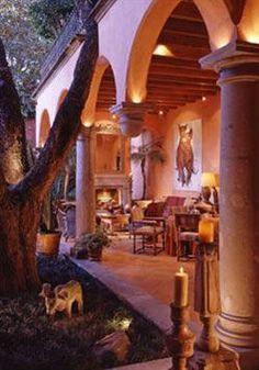 Spanish haciendas tuscan design and hacienda style homes for Hacienda style lighting