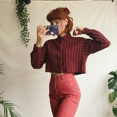 Check this out on Search for: libertymai on Teen Fashion Outfits, Retro Outfits, 90s Fashion, Vintage Outfits, Cool Outfits, Vintage Fashion, Moda Ulzzang, Estilo Grunge, Look Girl