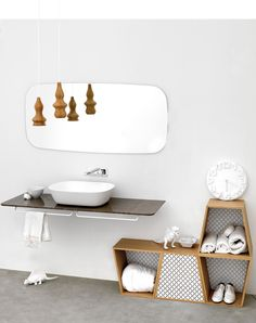 SCREEN mirror - € 241,00 http://www.ex-t.com/shop-online/bathroom/mirrors/mirror-screen
