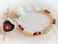 Pacifier chain clip Dummy holder keeper by mamasliebchen on Etsy, $14.90