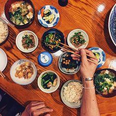 Reposting @uraberikoofficial: やっぱり有機野菜の和食は最高です!😊💕 店は薬院ひいらぎ • These are all fresh veggies taken from the mountains! What lol but it is awesome 😊💕 It's at Yakuin called Hiiragi • フードコーディネーターぢゃなく#ただの自由人です • #インスタ フードコーディネーター のご依頼メッセージくださいね!👩🏻❤ • • • • • • • • • • #福岡グルメ#福岡ランチ#ランチ#グルメ#foodporn#ライフスタイル#ライフ#福岡#和食#japanesefood #おしゃれさんと繋がりたい#カメラ#에이크업#뷰티#화장품#팔로우#오오티디#옷스타그램#데일리룩#リリー#ご飯#美味しい#flatlay#福岡 #博多 #フォロー #フォローミー  #相互フォロー#bossbabe ‼️
