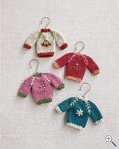 sweater ornament tree | lil sweaters for the fairies - or the Christmas Tree